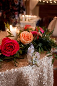 sweetheart table florals and decor