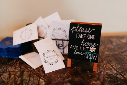 Wedding Favors Flower Seeds with Sign
