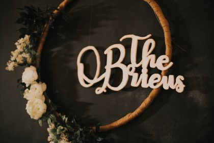 Newlyweds Decor Sign with Gold Hoop and Flowers